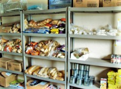 pic_foodpantry1